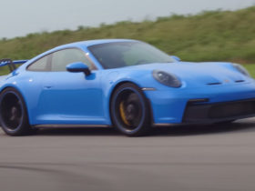 the-latest-porsche-911-gt3-is-an-absolute-weapon-on-a-racetrack