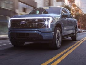demand-for-ford's-new-electric-pick-up-exceeds-expectations-–-report