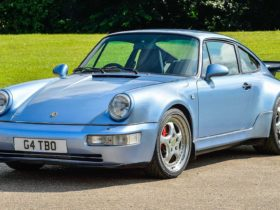 jenson-button-is-selling-his-sultan-of-brunei-commissioned-1994-porsche-911