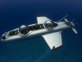 deepflight's-super-falcon-personal-and-electric-submarine-is-exploring-done-right