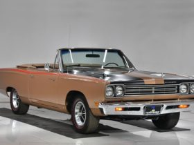 1969-plymouth-road-runner-convertible-383-manual-flaunts-matching-numbers