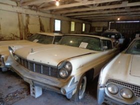 huge-barn-houses-25-unrestored-classics,-they-can-be-yours-for-only-$80k