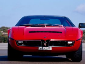 an-ode-to-the-bora,-the-first-high-tech-maserati
