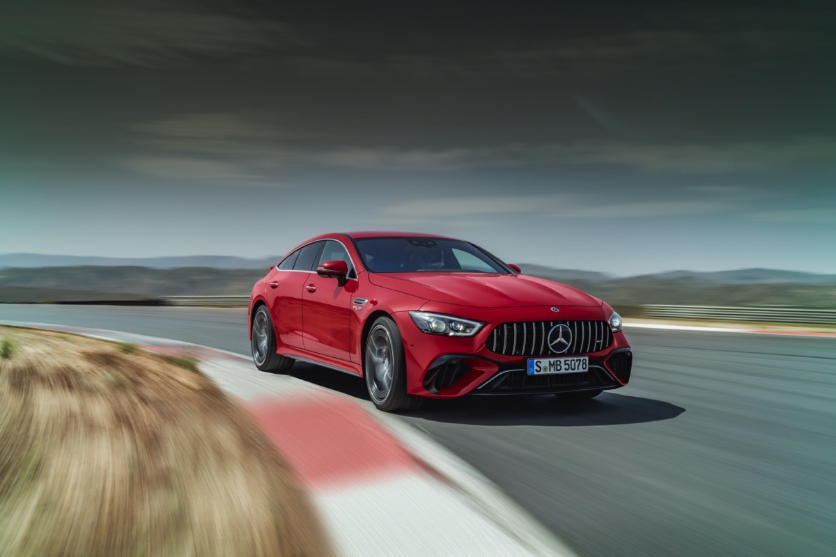 the-first-mercedes-amg-hybrid-is-here-to-end-panamera-turbo-s-e-hybrid-supremacy
