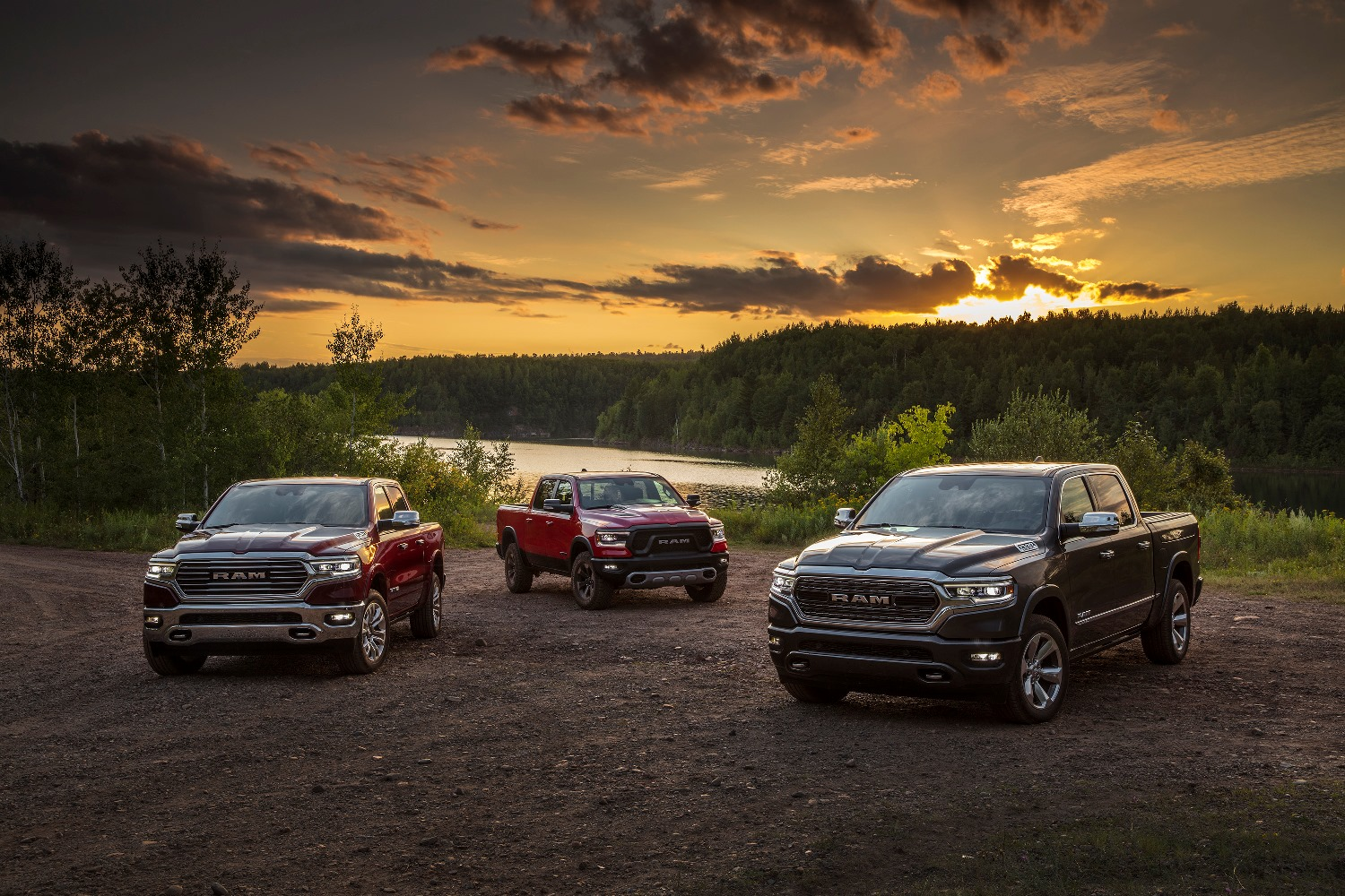 2022-ram-trucks-welcome-android-based-uconnect-5-infotainment-system