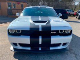 """2016-dodge-challenger-hellcat-owned-and-signed-by-kane-brown-has-""""just""""-1,200-hp"""