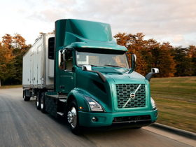 volvo-trucks-hits-milestone-with-the-largest-us.-order-of-electric-trucks