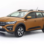 2022-dacia-jogger-rendering-depicts-upcoming-budget-friendly-7-seater-family-car