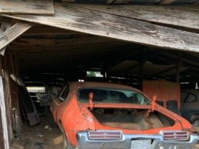 1969-pontiac-gto-judge-saved-from-a-junkyard,-now-sitting-alone-in-a-barn