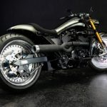 harley-davidson-akira-is-how-a-beefed-up-street-750-on-solid-design-wheels-rolls