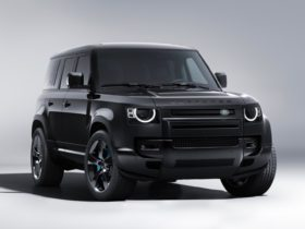 land-rover-launches-defender-v-8-bond-edition-inspired-by-'no-time-to-die'