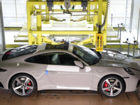 learn-how-the-porsche-911-is-made