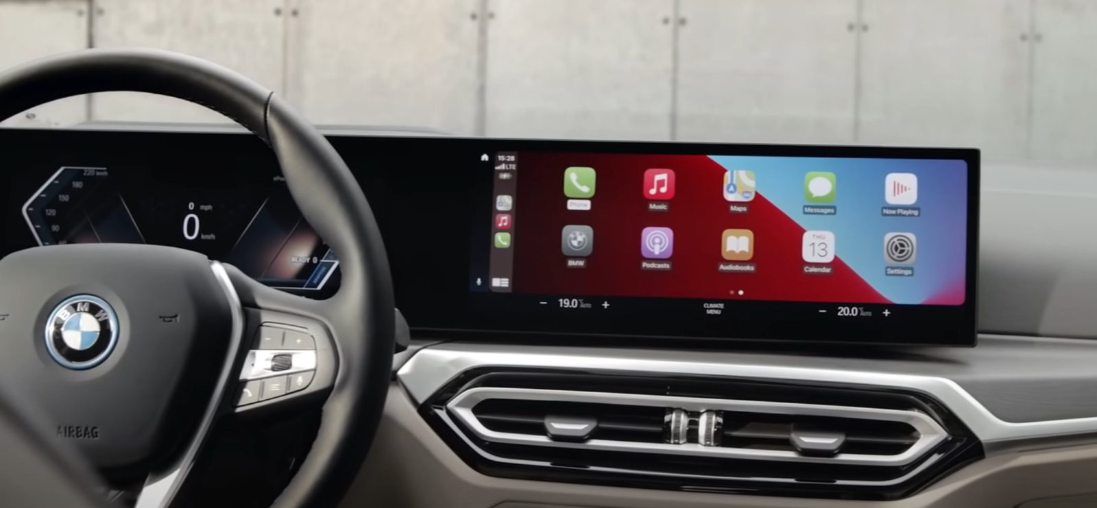 bmw-showcases-the-most-advanced-carplay-integration-you've-ever-seen