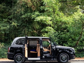 why-take-an-uber-when-a-london-black-cab-for-the-super-wealthy-awaits-you