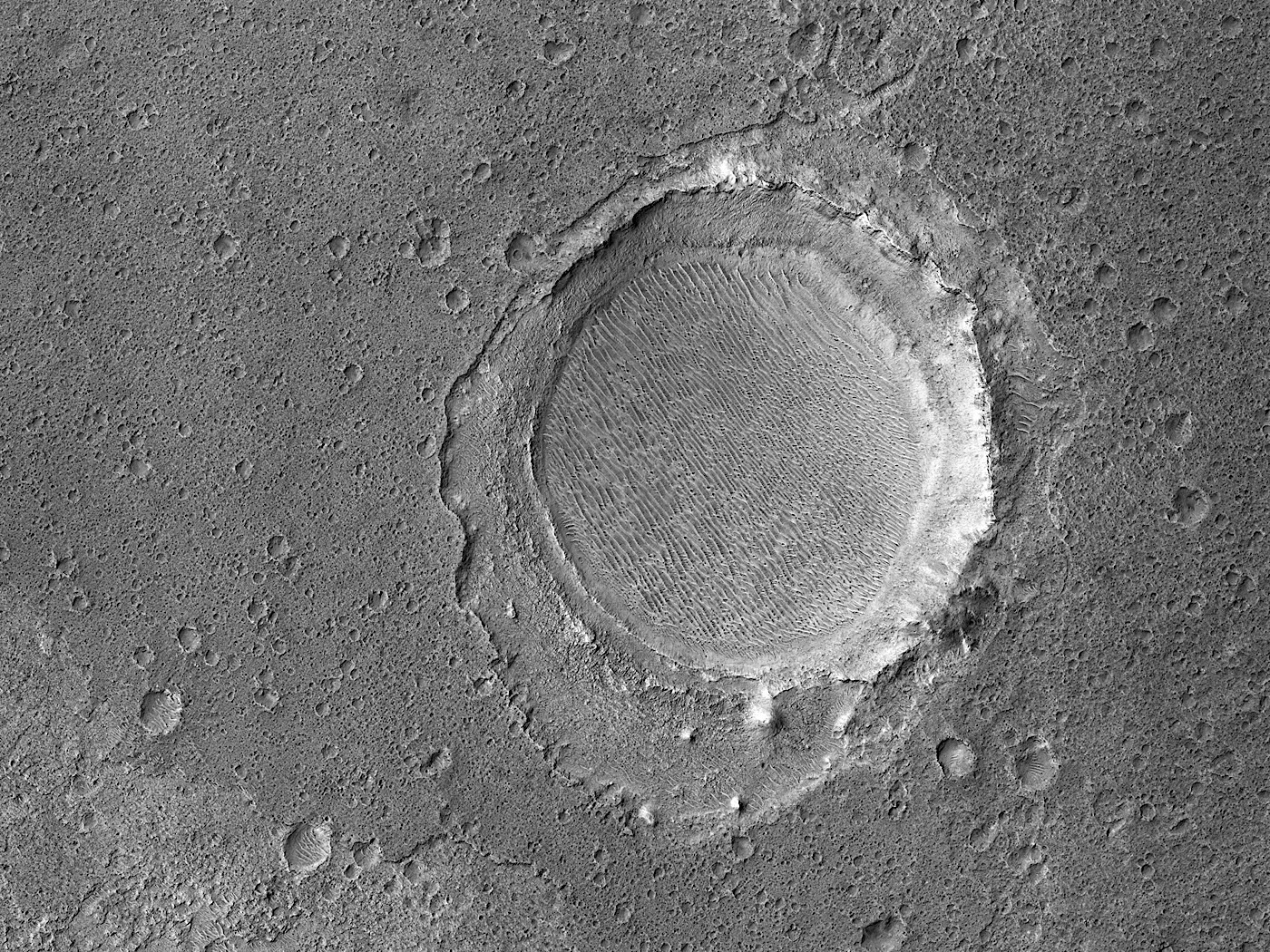 martian-impact-crater-looks-like-a-huge-gladiator-arena-shot-from-a-drone