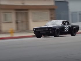 1968-ford-mustang-fastback-race-car-looks-out-of-place-on-the-streets-of-la