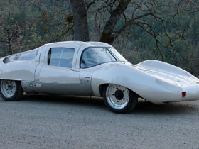 the-mayan-magnum-is-what-happens-when-an-aerospace-engineer-builds-a-gt-car