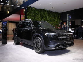 live-pics:-2022-mercedes-benz-eqb-bows-in-munich-in-black-on-black,-looks-cool