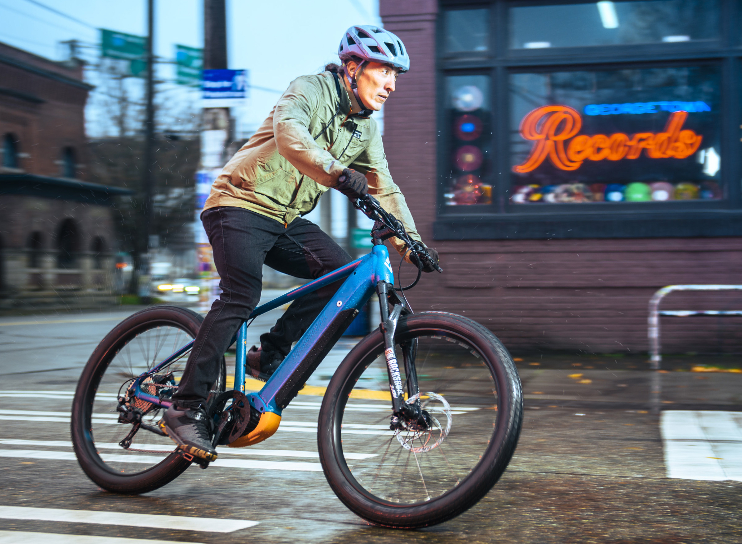 the-response-is-diamondback-bicycle's-answer-to-an-ever-shifting-cycle-industry