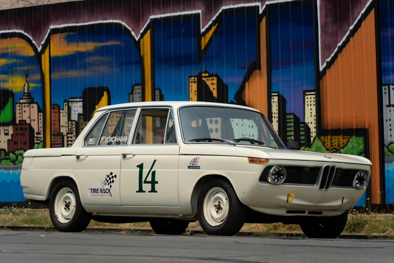 this-is-one-tasty-and-modded-1966-bmw-2000ti-5-speed-race-car
