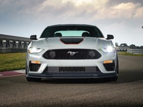 2021-ford-mustang-production-halted-one-week-over-gas-leak