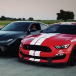 stick-shift-mustang-shelby-gt350-drags-bmw-m4,-this-manual-war-is-not-even-close