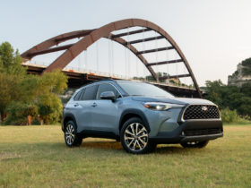 2022-toyota-corolla-cross-costs-$23,410,-but-be-ready-to-spend-more