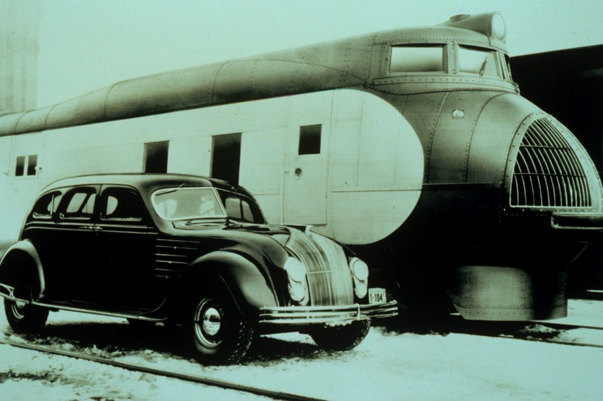 chrysler-airflow-lost-the-battle-against-a-carriage-wagon-but-remained-in-history-books