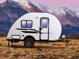 bushwhacker-plus-trailer-slams-rv-world-with-cheap-fully-decked-out-towable-home
