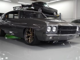 triple-gray-1970-chevrolet-chevelle-is-restomod-perfection,-flexes-whining-ls2