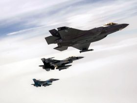f-35-joins-two-f-16s-to-feed-over-alaska,-they-make-for-the-perfect-screensaver-shot
