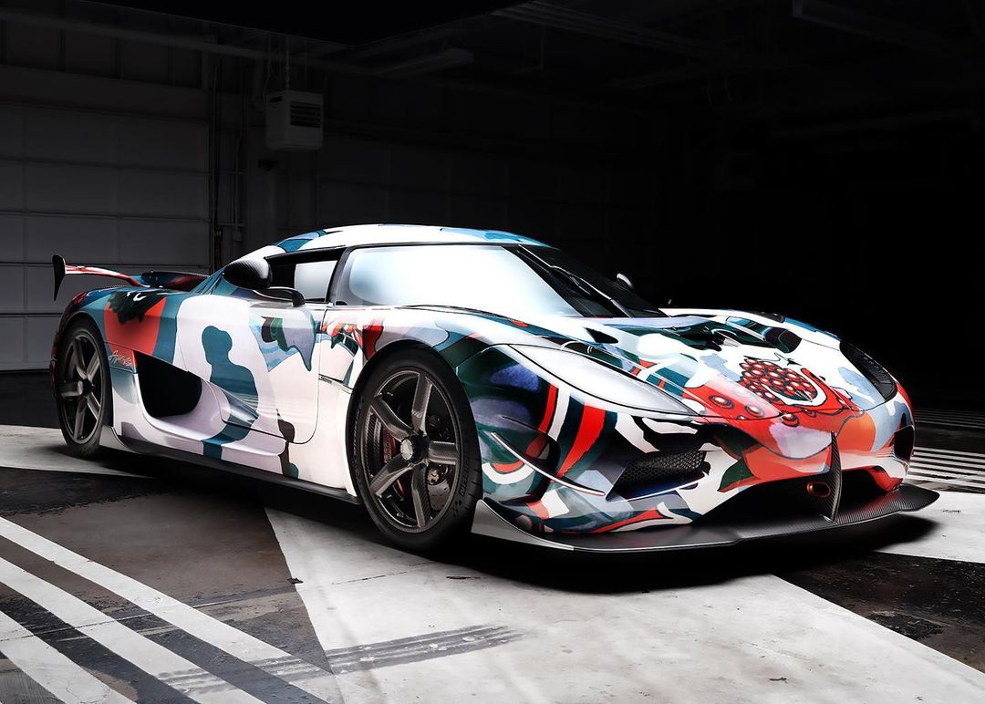 """""""pomegranate""""-koenigsegg-agera-rs-becomes-world's-quickest-art-car-for-a-good-cause"""