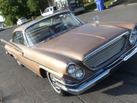 rare,-canada-only-1961-chrysler-saratoga-comes-out-of-storage,-purrs-like-a-kitten