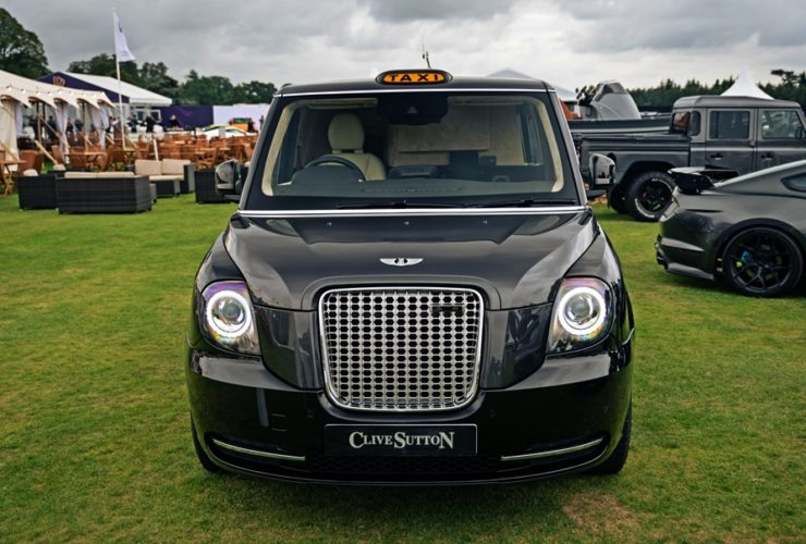 clive-sutton-customises-the-levc-tx-to-become-the-world's-most-luxurious-taxi
