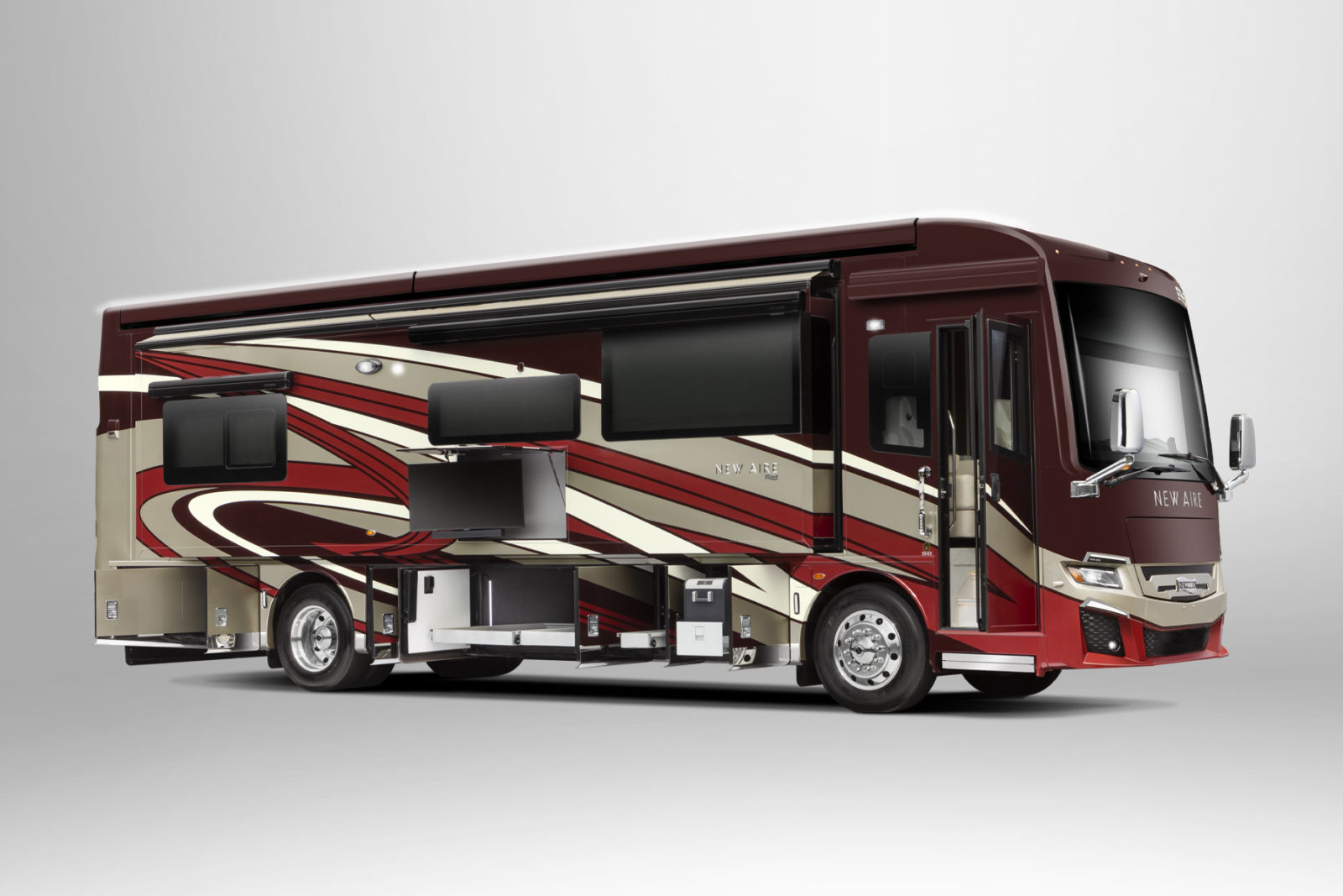 """newmar's-2022-new-aire-brandishes-""""affordable""""-and-luxurious-motor-coach-living"""