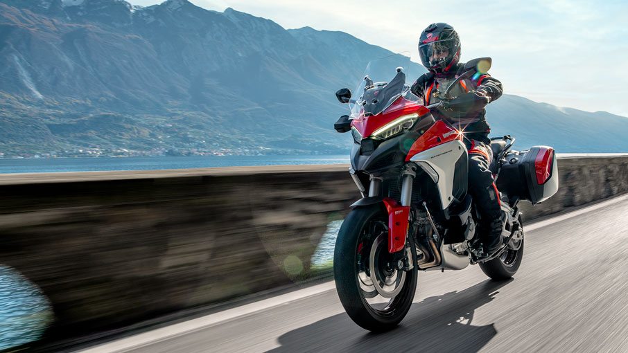 ducati-multistrada-v4-outshines-competition-at-alpen-masters-2021-contest
