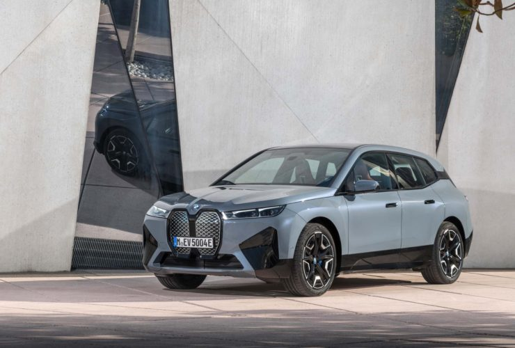 2022-bmw-lineup-previewed,-2022-bentley-continental-gt-speed-excels,-rav4-prime-succeeds-off-road:-what's-new-@-the-car-connection