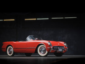 this-1955-chevrolet-corvette-265-was-allegedly-used-for-three-speed-prototyping
