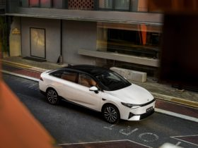 xpeng-officially-presents-the-p5,-the-world's-first-ev-with-a-lidar