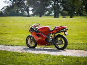 this-6k-mile-1997-ducati-916's-five-digit-price-tag-isn't-for-the-faint-hearted