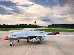 navy's-first-carrier-based-unmanned-aircraft-to-be-made-at-new-boeing-facility-in-illinois
