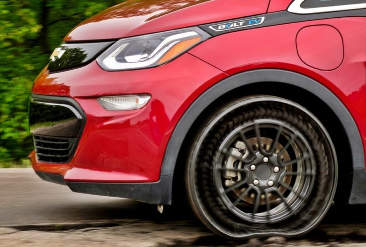 michelin's-airless-uptis-tyre-now-undergoing-testing,-market-launch-in-2024