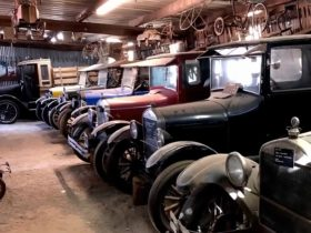 california-barn-hides-the-world's-biggest-stash-of-ford-model-a-and-model-t-classics