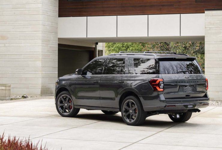 2022-ford-expedition,-2023-bmw-x1,-chrysler's-new-ceo:-today's-car-news
