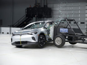 2021-volkswagen-id.4-electric-crossover-gets-iihs's-top-safety-pick+-rating