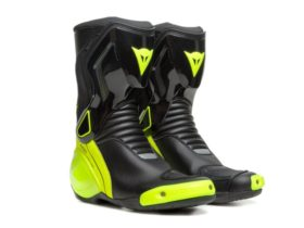stay-warm-and-safe-during-the-cold-months-with-dainese's-nexus-2-d-wp-riding-boots