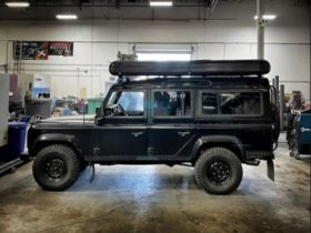 jason-momoa-adds-redtail-rooftop-camper-to-his-land-rover-defender