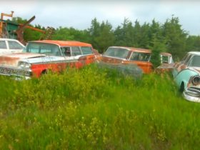 here's-the-road-to-your-next-barn-find,-and-the-start-your-next-restoration-project