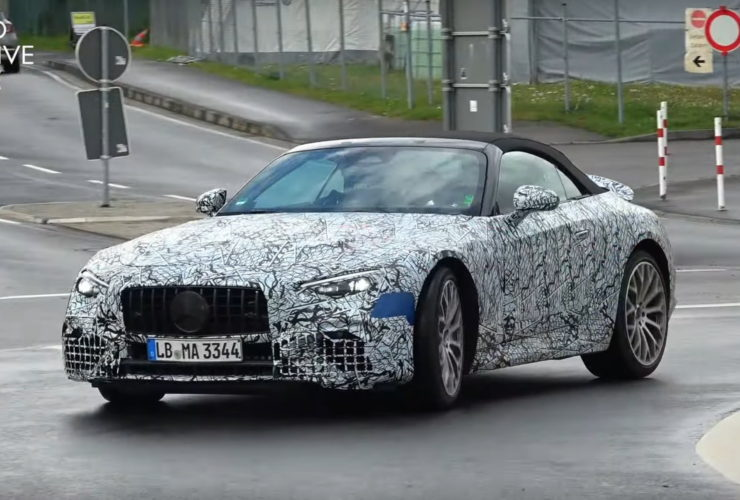 2022-mercedes-amg-sl-scooped-in-motion,-does-that-sound-like-a-v8-to-you?