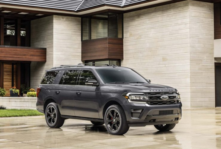 2022-ford-expedition-suv-adds-off-road-and-performance-versions,-updates-tech